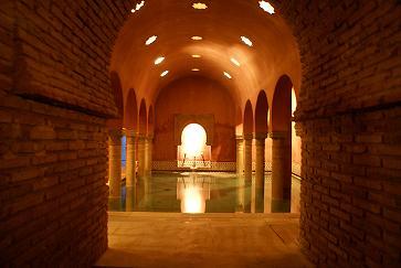 Los Baños Árabes, reliquia de Granada